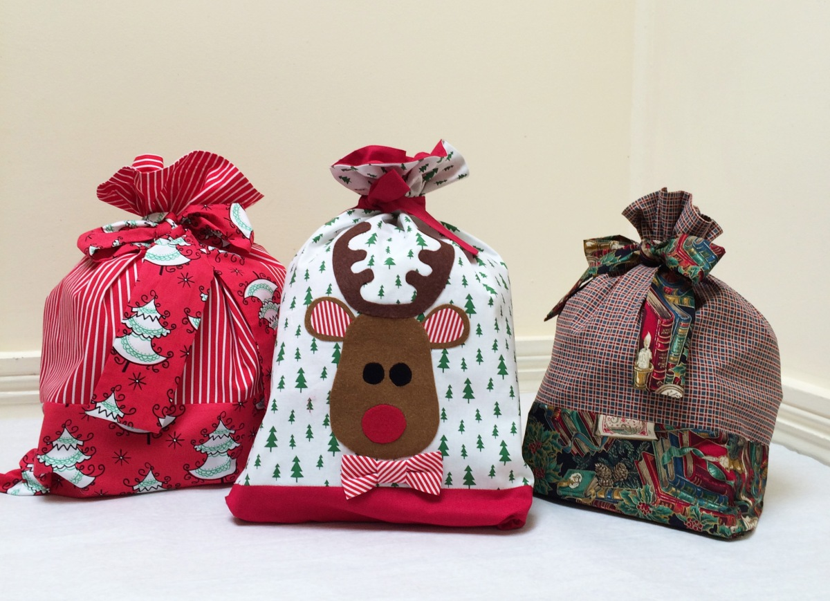 Santa Sack Sewing Tutorial and Free Applique